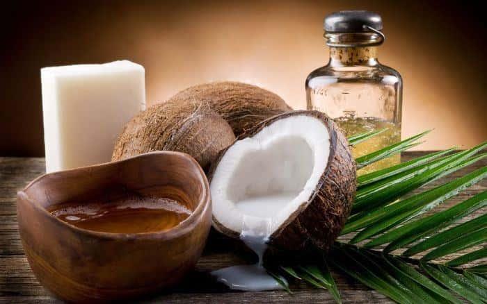 cách dùng dầu dừa dưỡng tóc